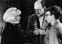 LITTLE SHOP OF HORRORS, Ellen Greene, director Frank Oz, Rick Moranis, on set, 1986. ©Warner Bros.