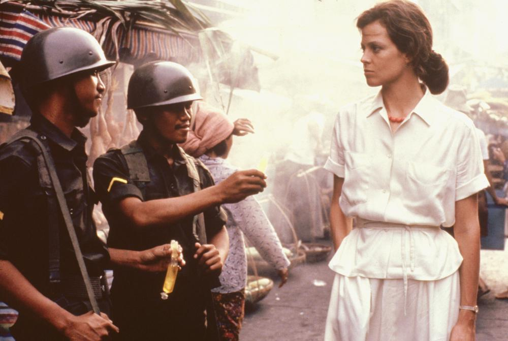 The Year of Living Dangerously (1982)   Download from