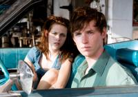 THE YELLOW HANDKERCHIEF, from left: Kristen Stewart, Eddie Redmayne, 2008. ©Samuel Goldwyn Films