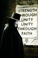 V FOR VENDETTA, Hugo Weaving, 2006, (c) Warner Brothers