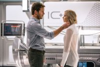 PASSENGERS, FROM LEFT, CHRIS PRATT, JENNIFER LAWRENCE, 2016. PH: JAIMIE TRUEBLOOD. ©COLUMBIA PICTURES