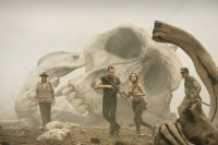 KONG: SKULL ISLAND, FROM LEFT:  JOHN GOODMAN, TOM HIDDLESTON, BRIE LARSON, JOHN C. REILLY, 2017. PH: CHUCK ZLOTNICK/© WARNER BROS.