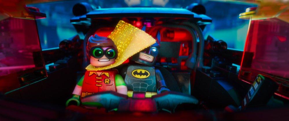 THE LEGO BATMAN MOVIE, L-R: ROBIN (VOICE: MICHAEL CERA), BATMAN (VOICE: WILL ARNETT), 2017. ©WARNER BROS. PICTURES