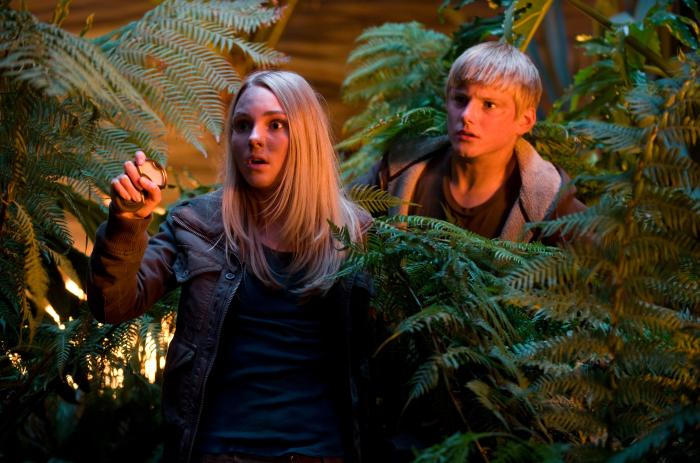 RACE TO WITCH MOUNTAIN, from left: AnnaSophia Robb, Alexander Ludwig ...