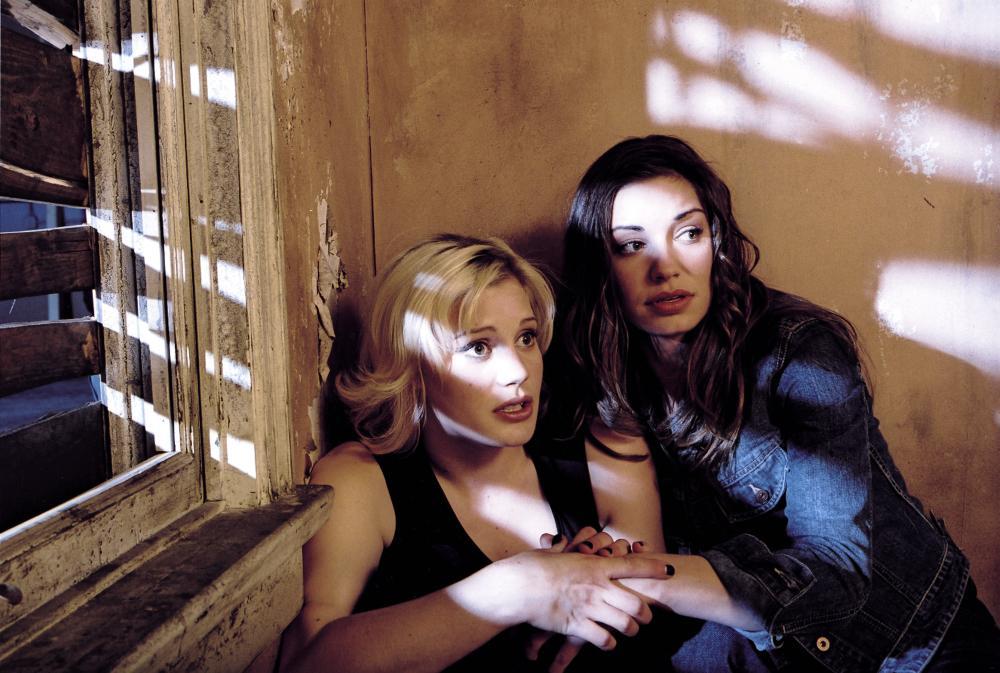 HALLOWEEN RESURRECTION, Katee Sackhoff, Bianca Kajlich, 2002, (c) Miramax