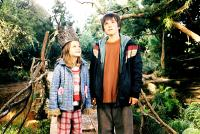BRIDGE TO TERABITHIA, Bailee Madison, Josh Hutcherson, 2007. ©Buena Vista Pictures