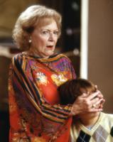 BRINGING DOWN THE HOUSE, Betty White, Angus T. Jones, 2003, (c) Walt Disney