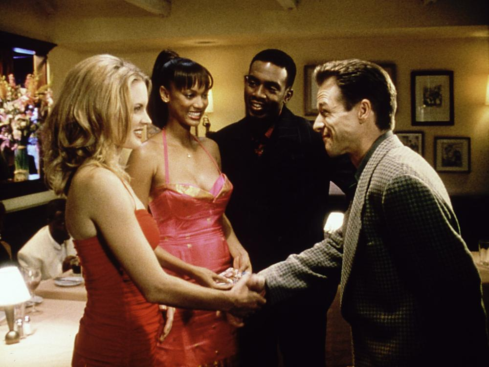 LOVE STINKS, (l to r) Bridgette Wilson, Tyra Banks, Bill Bellamy