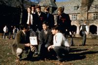 DEAD POETS SOCIETY, (standing l-r): Josh Charles, James Waterston, Dylan Kussman, Ethan Hawke, Allelon Ruggiero, (crouching l-r): Robin Williams, Robert Sean Leonard, Gale Hansen, 1989, (c)Buena Vista Pictures