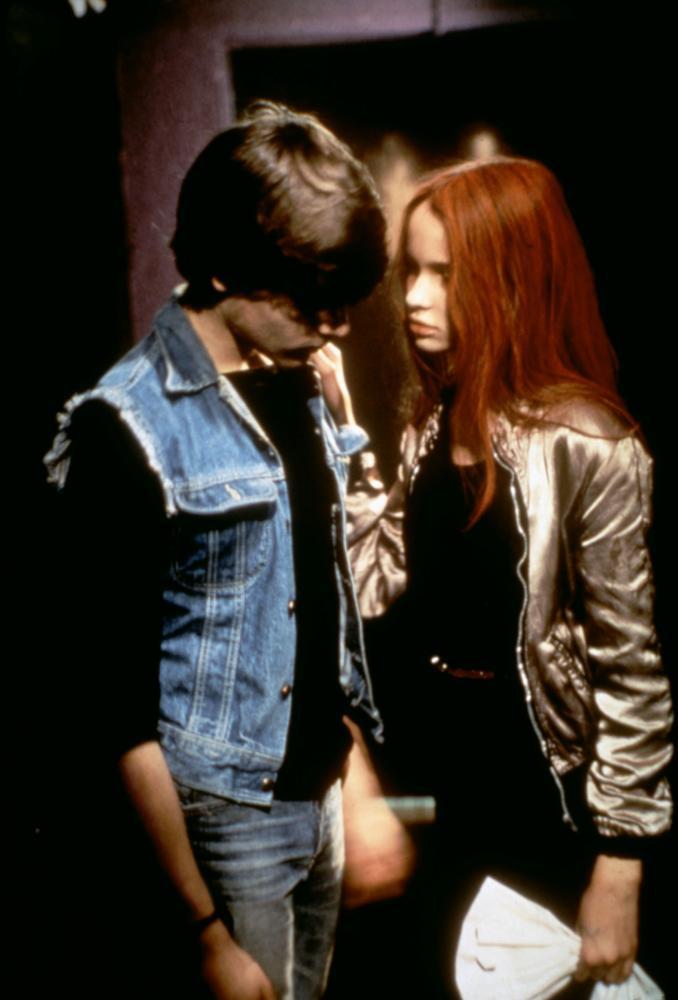 Bowie stars video