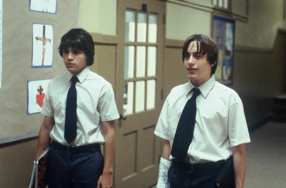 THE DANGEROUS LIVES OF ALTAR BOYS, l-r: Emile Hirsch, Kieran Culkin, 2002, ©ThinkFilm