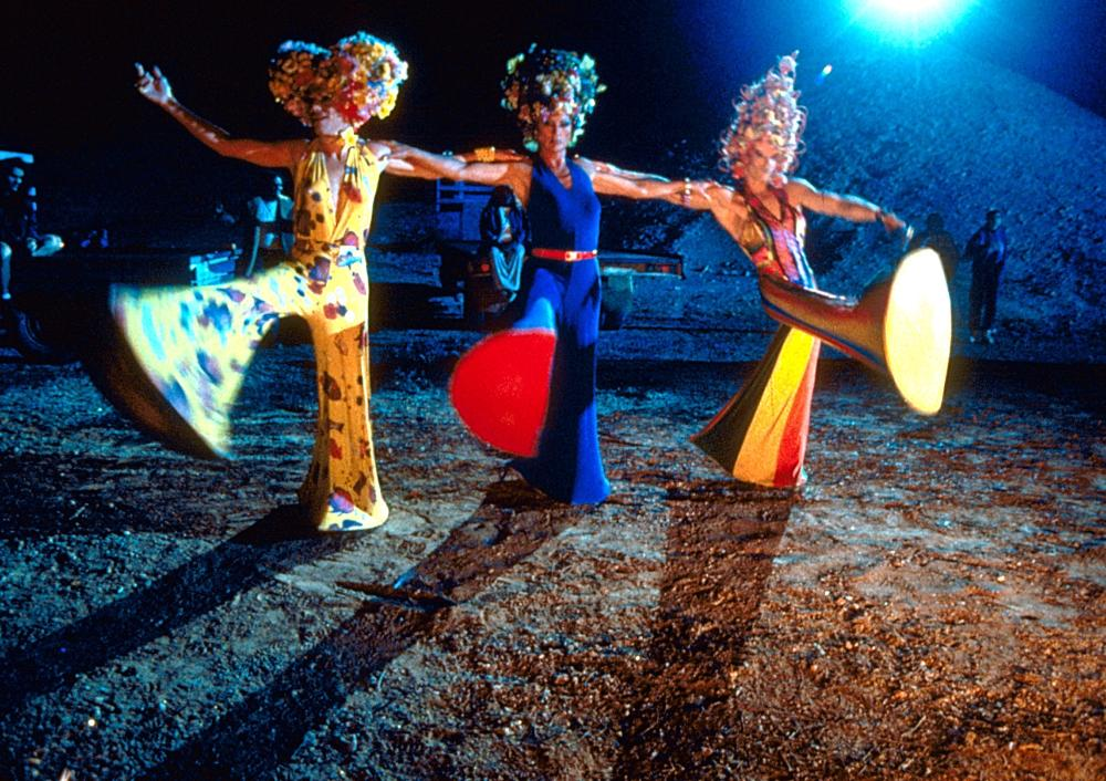 adventures of priscilla queen of the Overview - the most unforgettable scenes in priscilla feature excessive costumes on incongruous characters in vast, humbling spaces.
