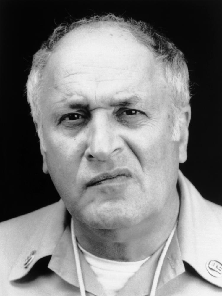 vic tayback wife