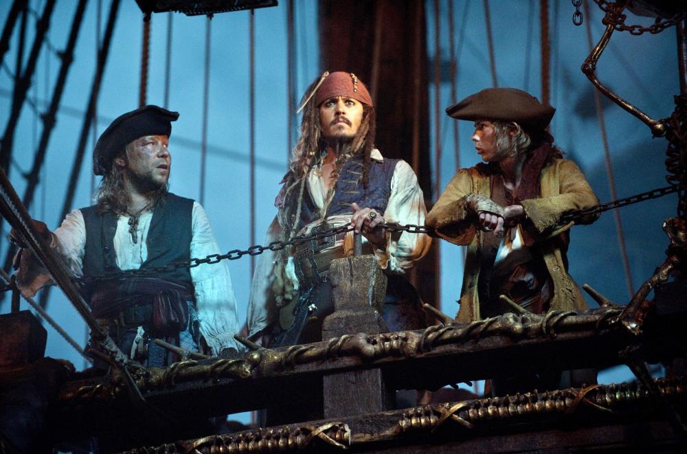 Пираты Карибского моря: Мертвецы не рассказывают сказки смотреть онлайн hd 1080