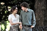 TO ROME WITH LOVE, from left: Ellen Page, Jesse Eisenberg, 2012. ph: Philippe Antonello/©Sony Pictures Classics