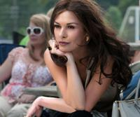 PLAYING FOR KEEPS, (aka PLAYING THE FIELD), Catherine Zeta-Jones, 2012. ph: Dale Robinette/©FilmDistrict