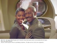 "Eddie Murphy and Gabrielle Union in ""Meet Dave"""