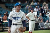 42, (aka FORTY-TWO), Chadwick Boseman as Jackie Robinson, 2013. Ph: D. Stevens/©Warner Bros. Pictures