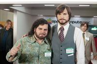 JOBS, from left: Josh Gad, Ashton Kutcher as Steve Jobs, 2013. ph: Glen Wilson/©Open Road Films