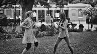 FRANCES HA, Greta Gerwig (left), 2012. ©IFC Films