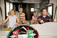 WE'RE THE MILLERS, from left: Jennifer Aniston, Will Poulter, Emma Roberts, Jason Sudeikis, 2013. ph: Michael Tackett/©Warner Bros. Pictures