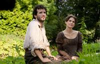 AUSTENLAND, from left: Bret McKenzie, Keri Russell, 2013. Ph: Giles Keyte/©Sony Pictures Classics