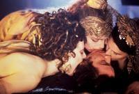 BRAM STOKER'S DRACULA, Monica Bellucci (left), Keanu Reeves, 1992