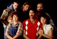 I LOVE YOU TO DEATH, Keanu Reeves, Joan Plowright, River Phoenix, Kevin Kline, William Hurt, Tracey Ullman, 1990
