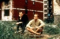 WELCOME TO SARAJEVO, Stephen Dillane, Woody Harrelson, 1997, sitting