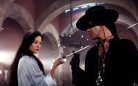 THE MASK OF ZORRO, Catherine Zeta-Jones, Antonio Banderas, 1998