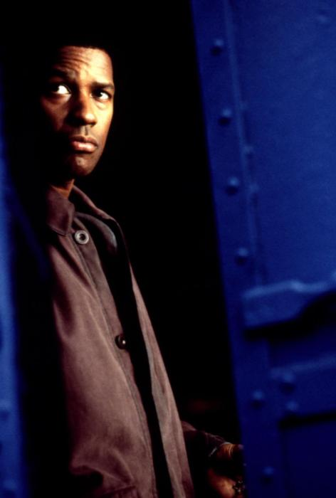 FALLEN, Denzel Washington, 1998