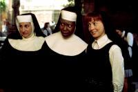 SISTER ACT, Whoopi Goldberg, Kathy Najimy, 1992. (c) Buena Vista Pictures.