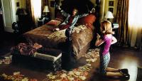 TEACHING MRS. TINGLE, Helen Mirren (on bed), Marisa Coughlan, 1999, © Dimension films