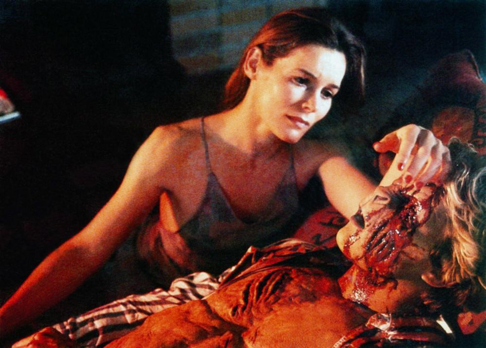 STEPHEN KING'S SLEEPWALKERS (1992) MOVIE REVIEW - YouTube